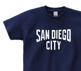 077Tシャツ